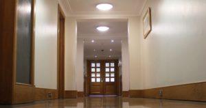 Corridor - inside Mainstay Kings floor and door