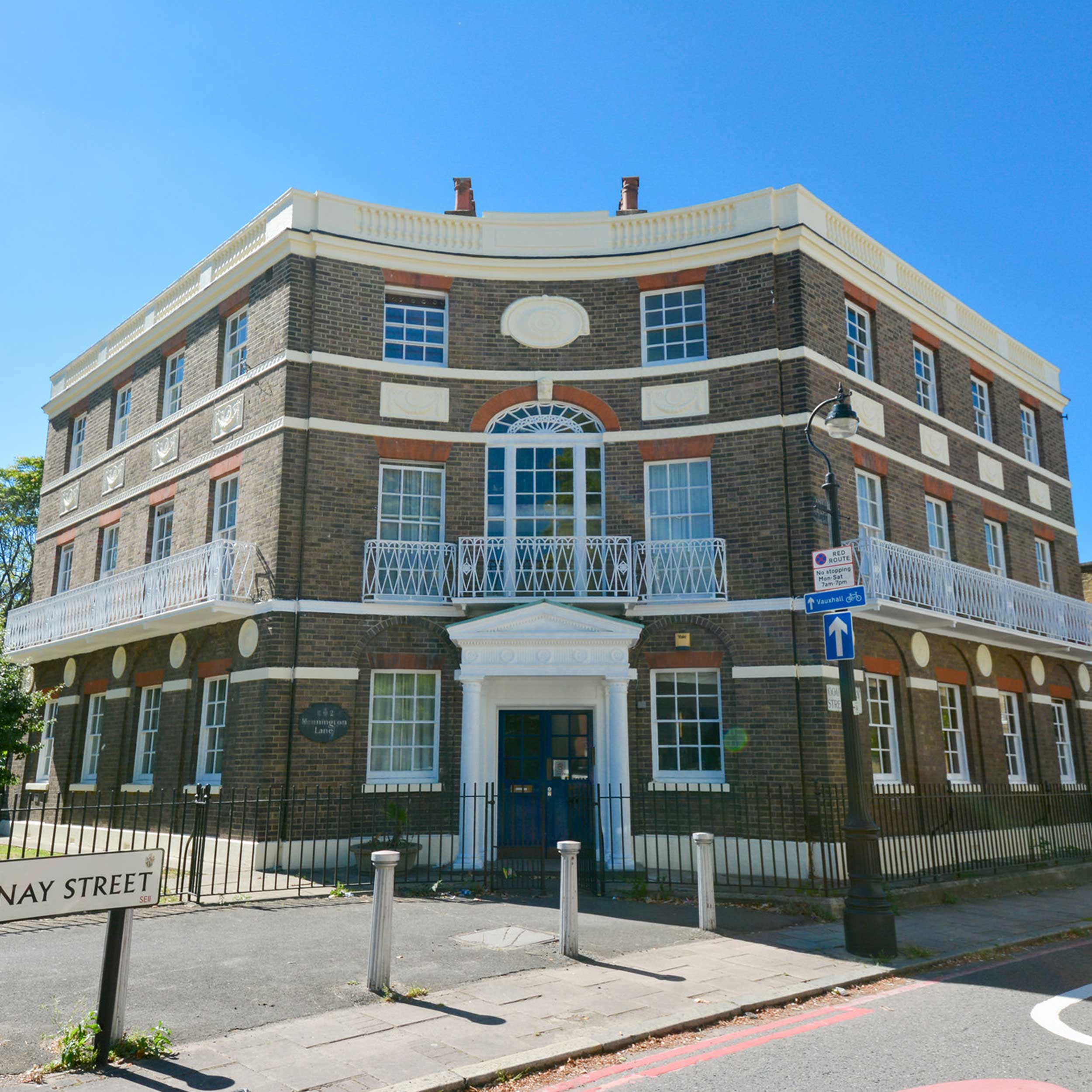 Beautiful London L&Q property in kennington part of axis europe contracted cyclical decoration works