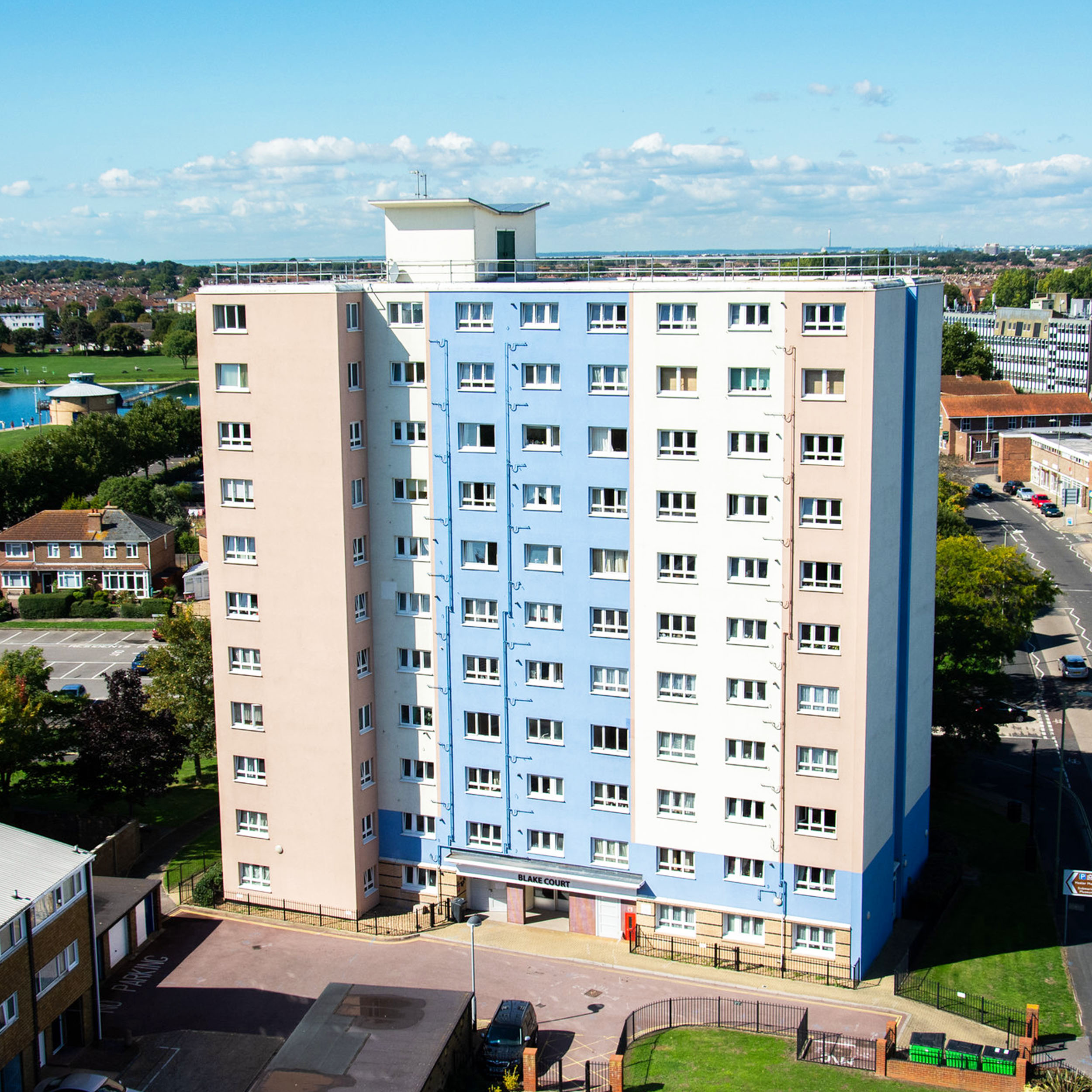 Housing block in Gosport before undergoing cladding works