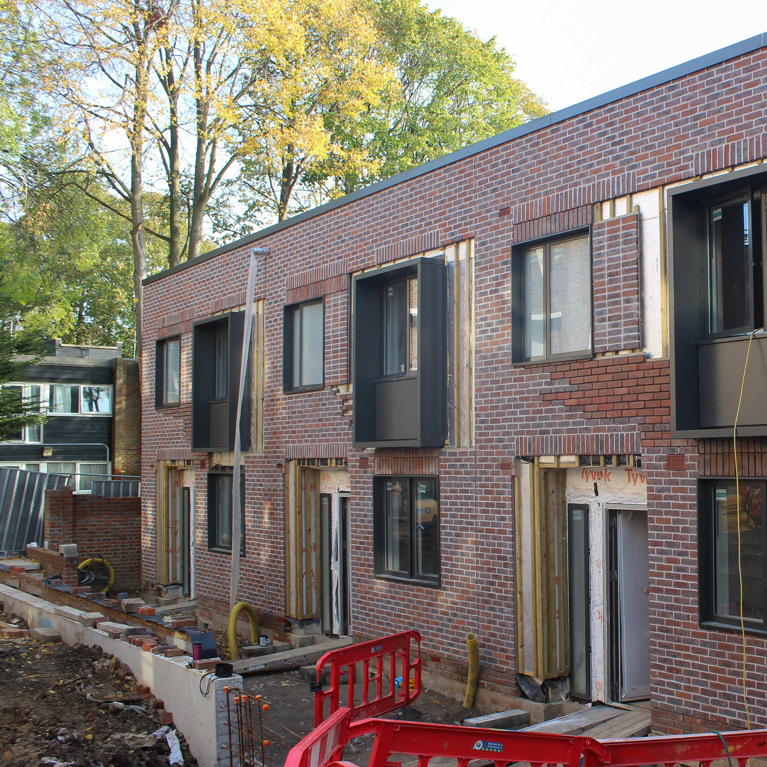 Cladding installation taking place at a new build property